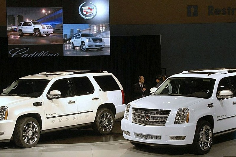 Cadillac Escalade Platinum Edition Revealed