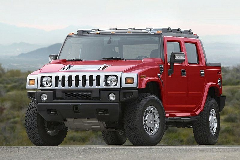 Hummer H2 Victory Red Limited Edition Arrives (US)