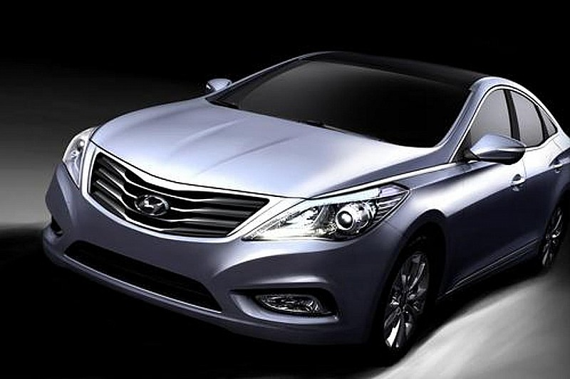 2012 Hyundai Azera teased [video]