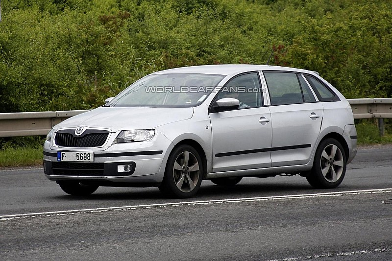 Skoda Rapid Spaceback spotted in Czech Republic