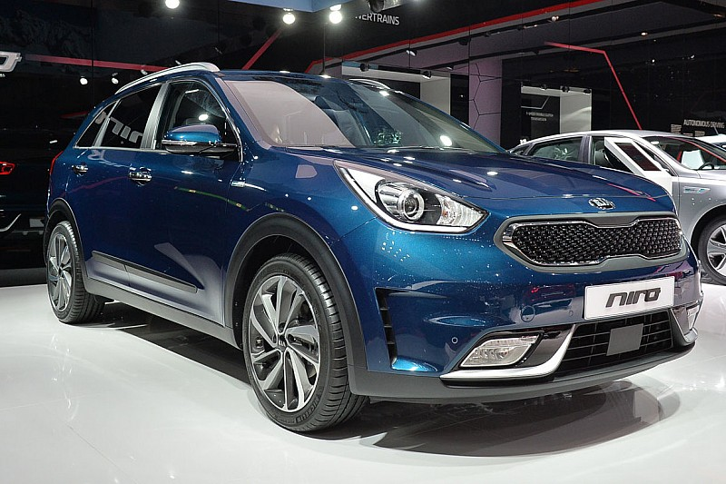 Kia Sportage 2018 Release Date >> 2017 Kia Niro Reviews And Rating Motor Trend Canada | Autos Post