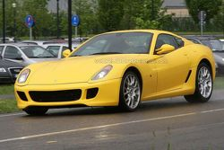 Possible Ferrari 599 Scuderia prototype spy photos