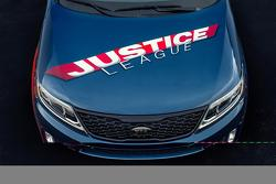 Justice League-themed Kia Sorento for 2013 San Diego Comic-Con 18.07.2013