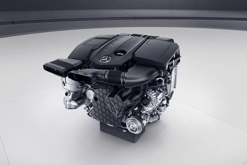 2016-mercedes-e220d-engine.jpg